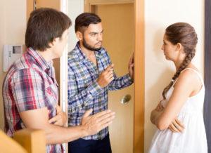 Решение проблемм с агрессивными соседями за деньги