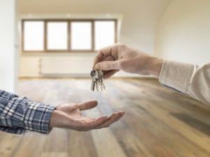 Сдать квартиру несовершеннолетнему
