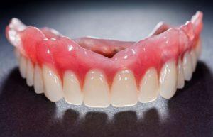 Гарантия на съемные зубные протезы по закону