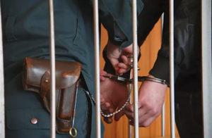Как снять арест наложенный судом по уголовному делу